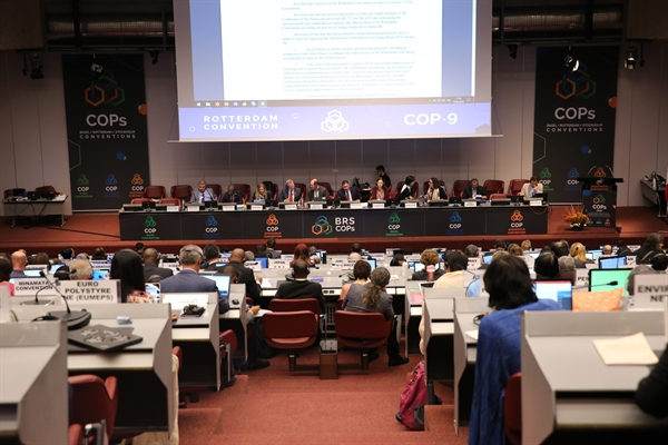 Meeting report and decisions from the recent Rotterdam Convention COP now available